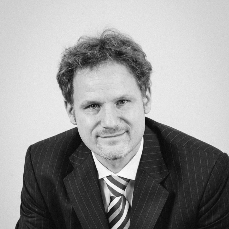 Dr. Volker Metzler